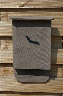 Casetta per pipistrelli in terracotta